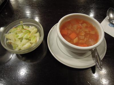 たいめいけん スープとサラダ